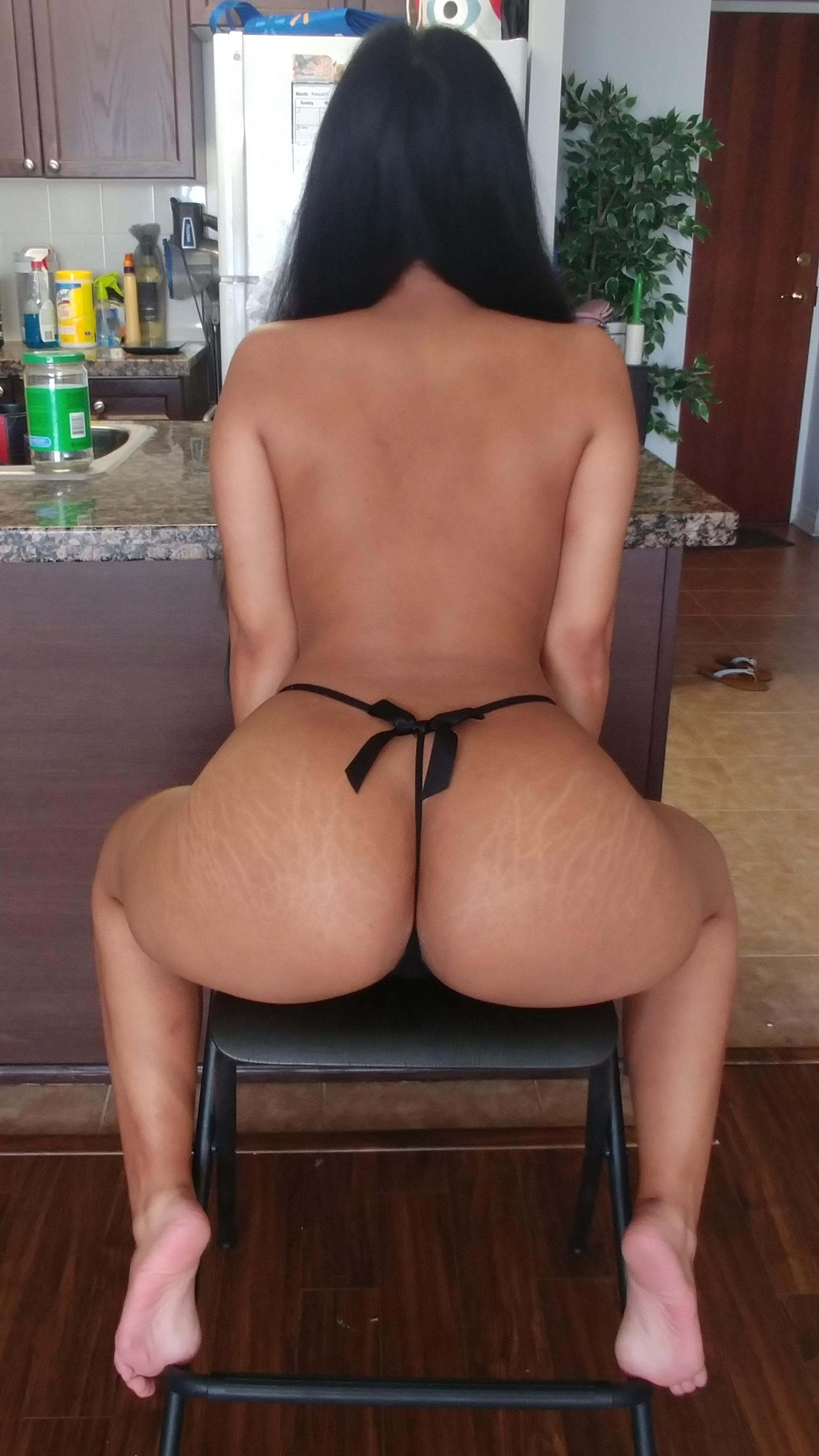One of our naked asian pics called Wanna unwrap my bow?