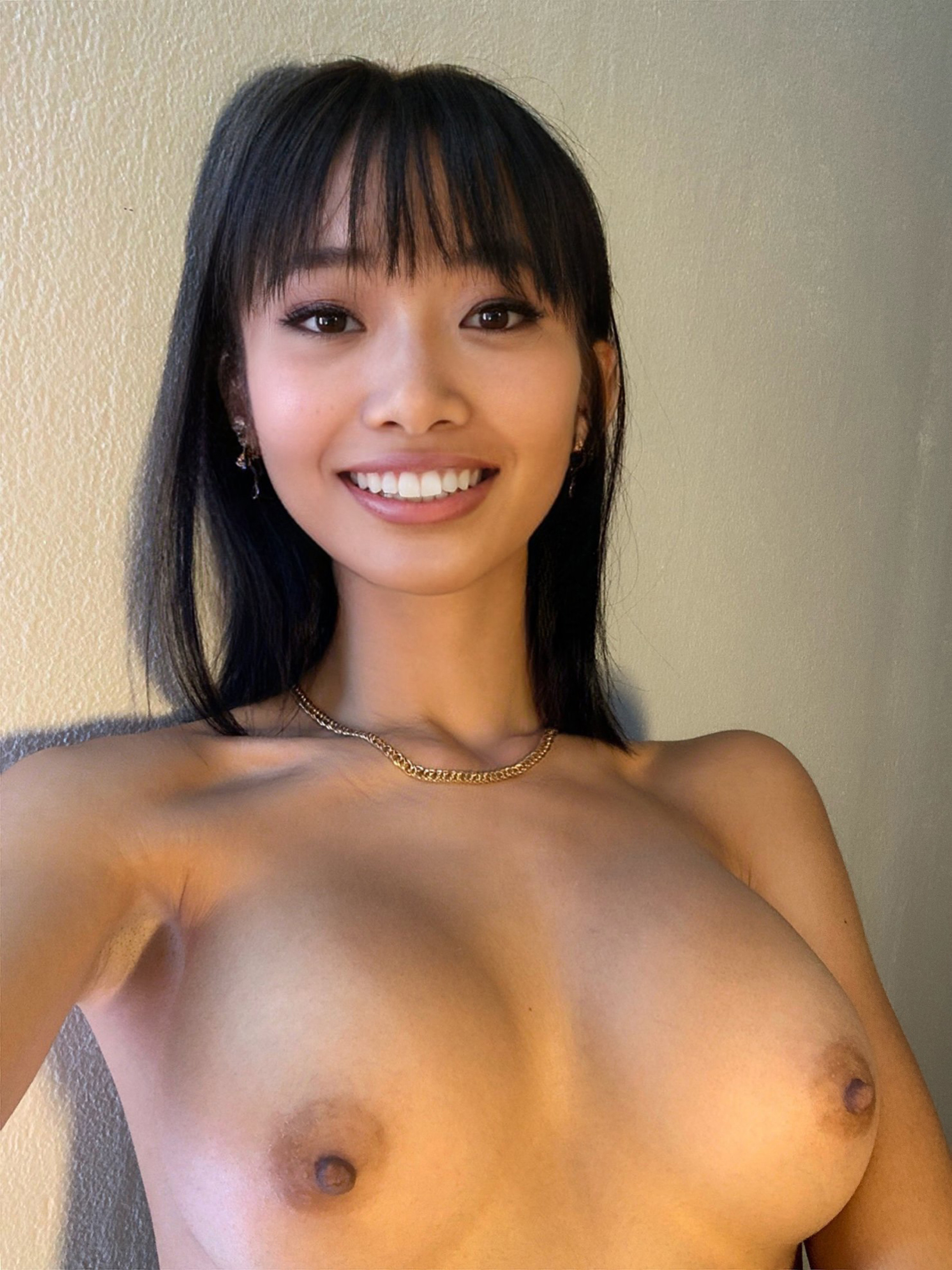 One of our naked asian pics called Looking for someone to play with the girls and suck them 😍🍒