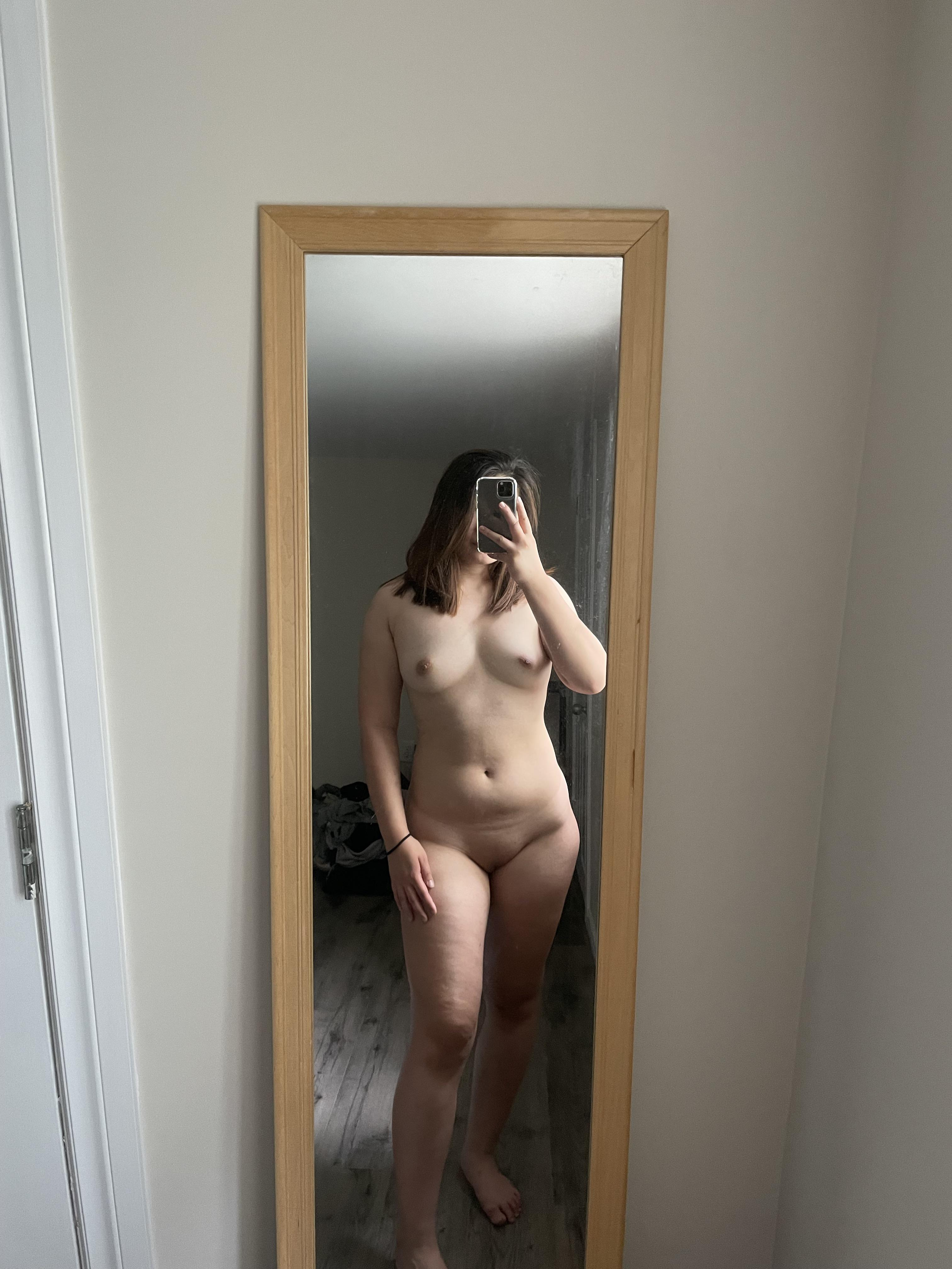 One of our naked asian pics called not the best looking body out there, but hopefully this nude can get some love still 🥺